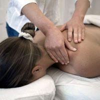 masajul profund al tesuturilor