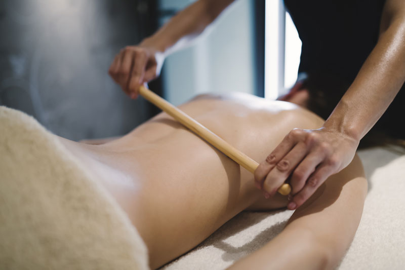 masaj-cu-bete-de-bambus